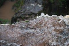 在岩石技巧的瀑布 库存照片