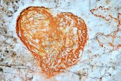 在岩石的心脏形状 库存照片