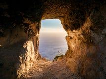 在岩石的窗口 免版税图库摄影