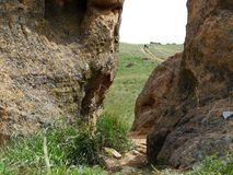 在岩石的裂缝 库存照片