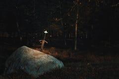 在岩石的Excalibur剑 免版税库存照片