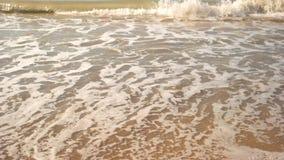 在岸的小波浪 股票录像