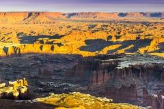 在峡谷地国家公园的日落 库存照片
