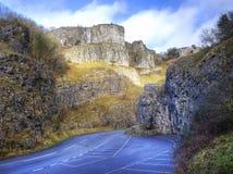 在峡谷横向山惊人的顶层间 免版税库存照片