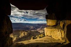 在峡谷的窗口 免版税图库摄影