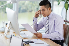 在工作天期间,商人 免版税库存图片
