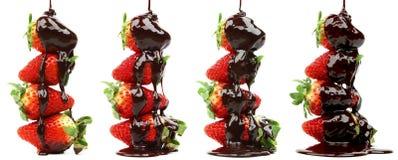 在巧克力糖浆的草莓 库存图片