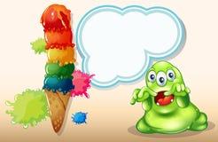 在巨型冰淇凌旁边的一个可怕妖怪 库存照片