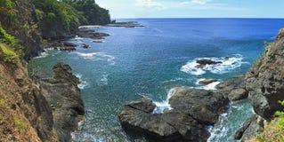 在巴伊亚Hermosa的峭壁 免版税库存图片