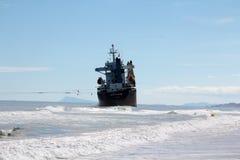 在巴伦西亚,西班牙附近的靠岸的船 免版税库存图片