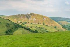 在巴克斯顿,英国,英国附近的镀铬物小山 库存图片
