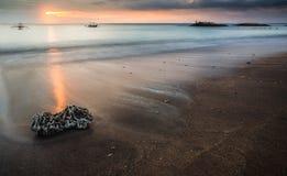 在巴厘岛印度尼西亚的日落 库存图片