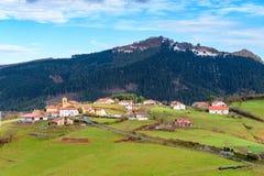 在巴斯克地区领域的农村旅游业,西班牙 免版税库存照片