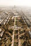 在巴黎市和领域的鸟瞰图火星 免版税库存图片