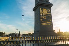 在巴黎日落下的协和广场 免版税库存照片