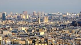 在巴黎的看法从Sacre Coeur小山 免版税库存照片