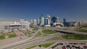 在市中心和中心商务区Timelapse,哈萨克斯坦,阿斯塔纳的顶视图 股票录像