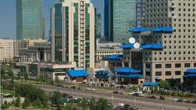 在市中心和中心商务区Timelapse,哈萨克斯坦,阿斯塔纳的高的看法 股票视频