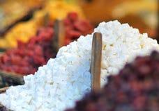 在市场上的东方甜点 库存照片