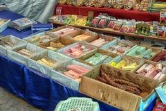 在市场上的拉哈特lukum在土耳其 库存图片