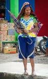 在市场上的巴布亚妇女在瓦梅纳 免版税图库摄影