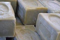 在市场的淡紫色肥皂 免版税库存图片