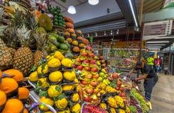 在市政市场梅尔卡多自治都市的果子在街市圣保罗-圣保罗,巴西 图库摄影