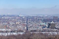 在市的看法蒙特利尔在魁北克 免版税库存照片