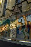在市巴塞尔显示片段柏林墙,瑞士 免版税库存照片
