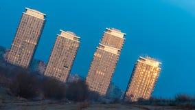 在布加勒斯特的郊区现代大厦 库存图片
