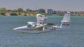 在布加勒斯特航空展示的水上飞机 免版税图库摄影