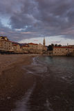 在布德瓦海滩的日落 库存照片
