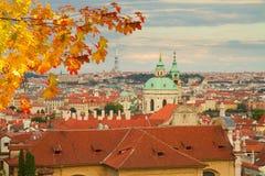 在布拉格之上 免版税库存照片