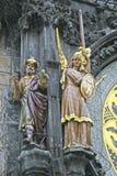 在布拉格天文学时钟的雕象在老镇香港大会堂,布拉格,捷克 库存图片