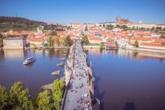 在布拉格的看法从老镇桥梁塔 免版税图库摄影