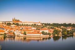 在布拉格的看法从老镇桥梁塔 库存图片