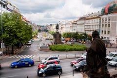 在布拉格街道上的交通堵塞  库存图片