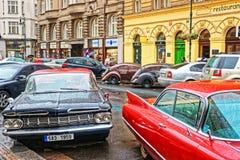 在布拉格街道的雪佛兰因帕拉  免版税库存照片