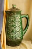 在布背景的花瓶  免版税库存照片