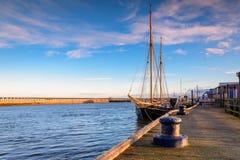 在布莱斯港口停泊的高船 免版税库存图片