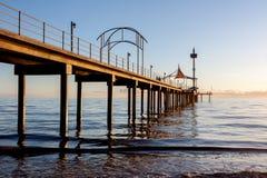 在布赖顿海滩,南澳大利亚的日落 库存图片