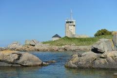 在布里坦尼大西洋海岸的灯塔  免版税图库摄影