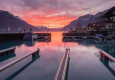 在布里恩茨湖,瑞士的日落 免版税库存图片