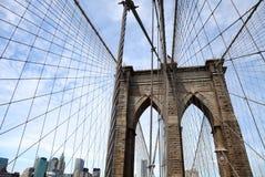 在布鲁克林大桥上 免版税库存图片