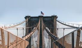 在布鲁克林大桥,纽约的对称 免版税图库摄影