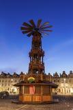 在布鲁塞尔大广场的圣诞节花的 免版税库存图片