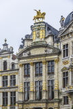 在布鲁塞尔大广场的市政厅在布鲁塞尔,比利时 库存照片
