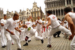 在布鲁塞尔大广场的Capoeira 免版税库存照片