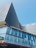 在布鲁塞尔街道,比利时的现代大厦 免版税库存照片