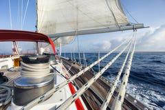 在帆船的绳索 免版税库存照片
